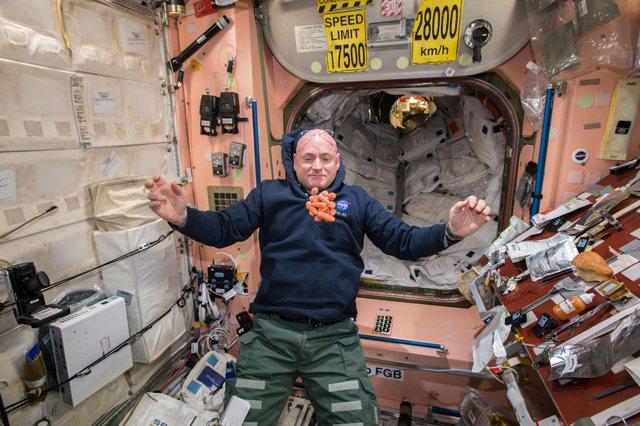 Unë jetova një vit në hapësirë!