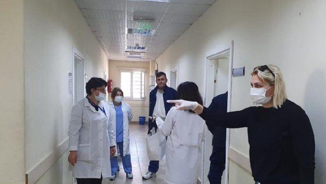 Dërgohen 30 mjekë shqiptarë në Itali: Ndihmojnë