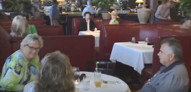 Si në filmin shqiptar 'Zemra e nënës', restoranti