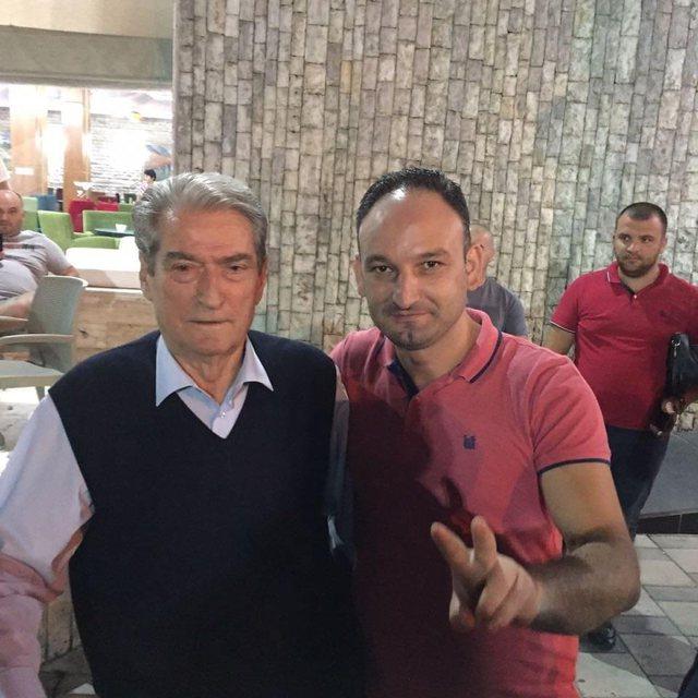 Foto-Video/ Van Damme i protestës është Darvin Zalla