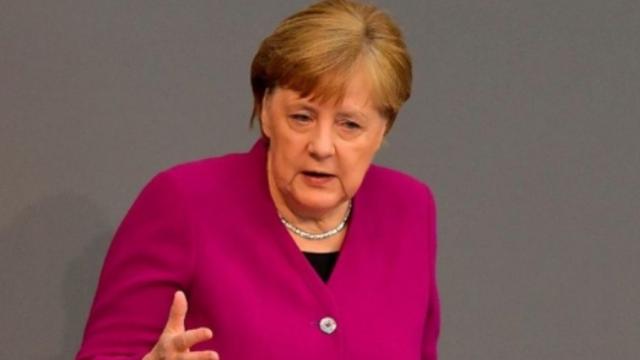 Merkel mendon se janë ende në fillimin e pandemisë