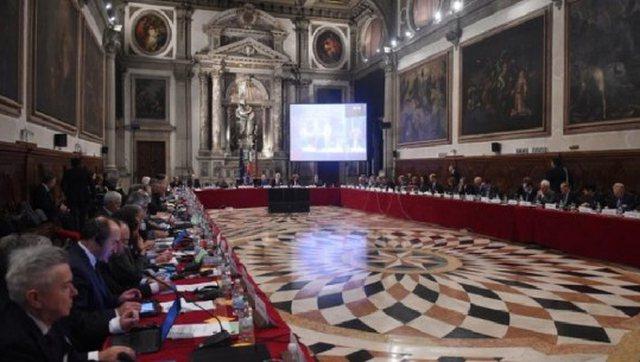 Zbardhet opinioni i 'Venecias'për Kushtetuesen: Duhet dialog