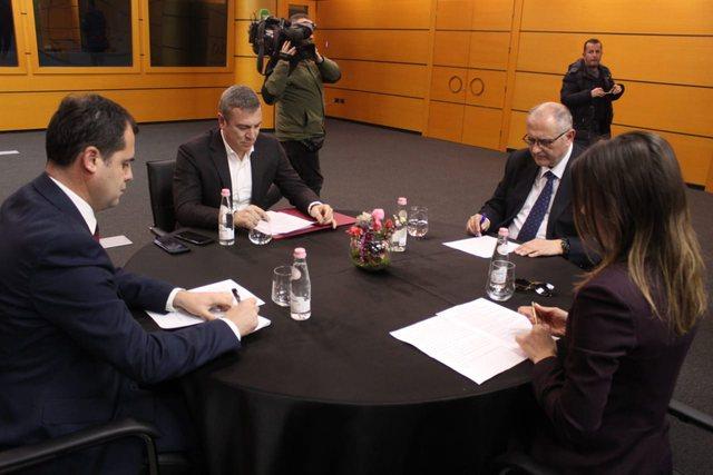 Sot takimi i fundit për Reformën Zgjedhore! Mbledhja shtyhet për