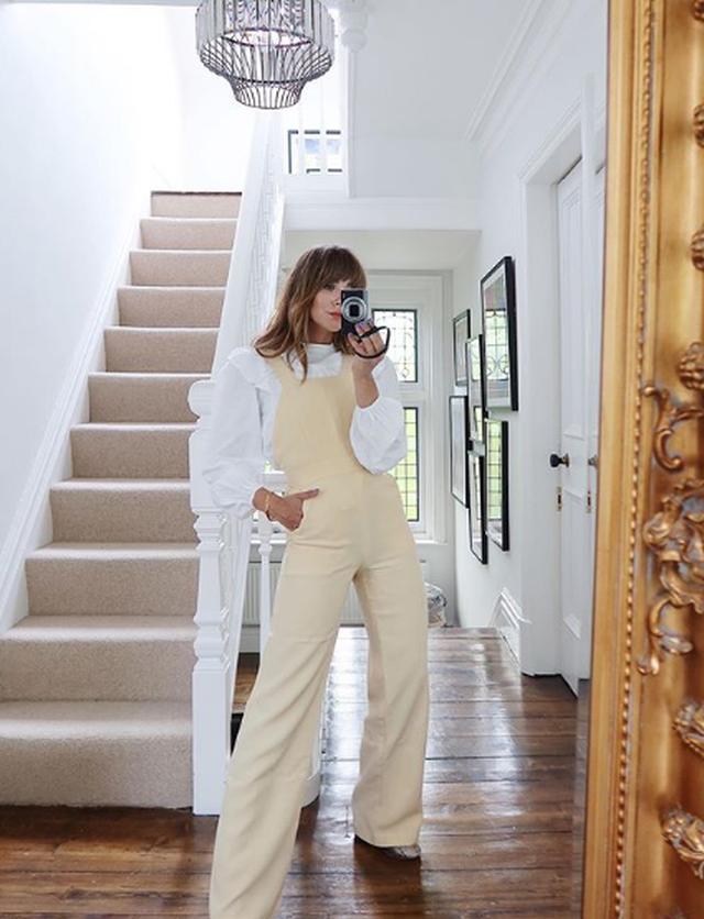 Jazz Legs: Trendi i ri i pozave në Instagram nuk është kaq i