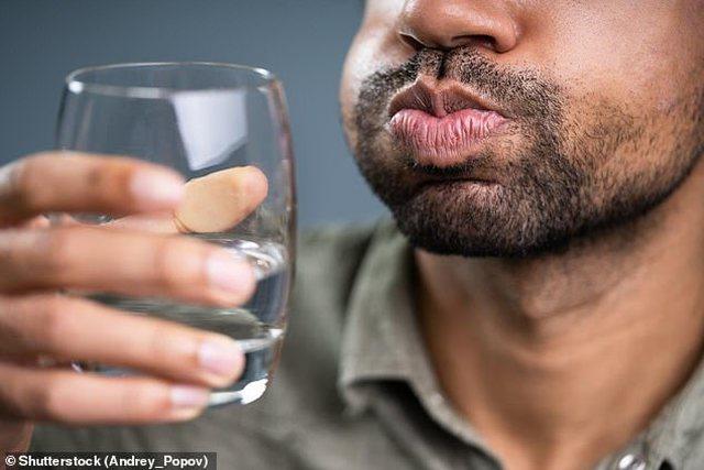 Ujë me kripë për pacientët me virus? Studiuesit