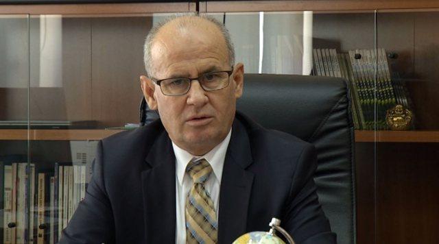 Ekonomiku pa diploma/ Rektori i UT replikë më ministren Shahini: