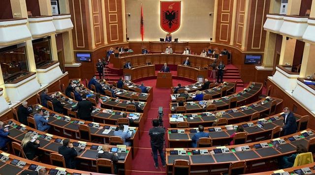 Gramoz Ruçi cakton datën kur do të votohet për Sistemin