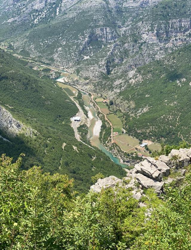 Nisi pushimet e verës aty ku fillon #Shqipëriajonë