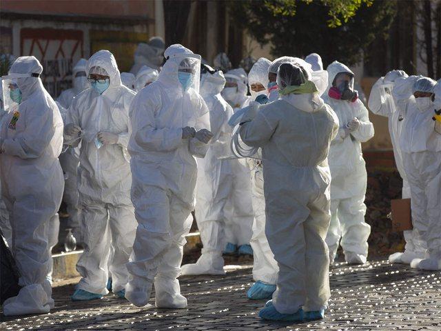 Virusi përhapet nga ajri? 239 shkencëtarë i shkruajnë OBSH: