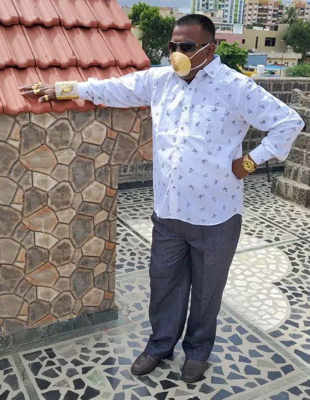 Biznesmeni me maskë ari: Por nuk jam i sigurtë a më mbron