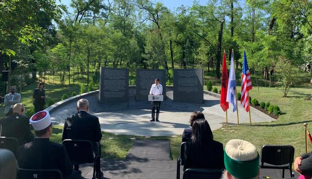 Veliaj në përkujtim të holokaustit: Ne dimë ta hapim
