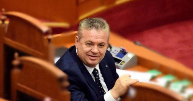 6 deputetë pro Zgjedhores/ Shpërthen Murrizi: Rihapni tender të