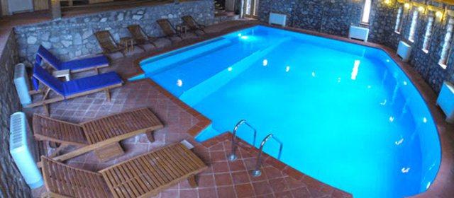 A janë të sigurta pishinat në hotele?