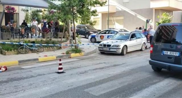 Një 25-vjeçar përplaset për vdekje nga makina