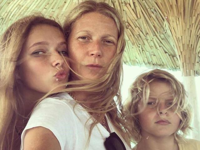 9 rregullat që Gwyneth Paltrow u ka vënë vajzave, janë