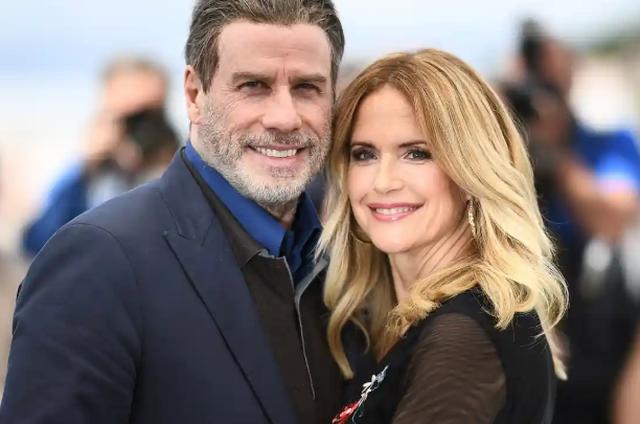 Pas djalit, John Travolta humbet edhe gruan