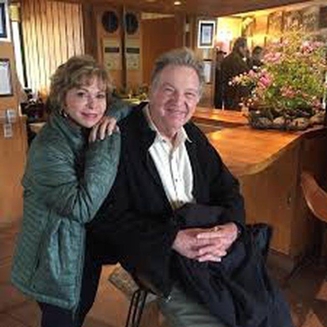 Si e uron Isabel Allende partnerin e saj Roger