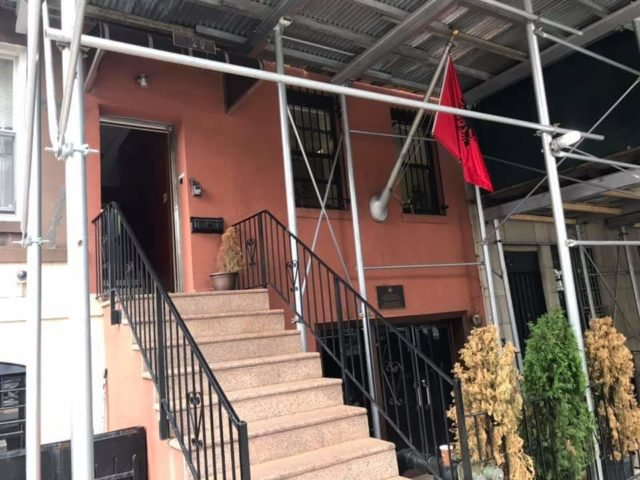 Njoftimi me rëndësi nga ambasada shqiptare në New York: Për