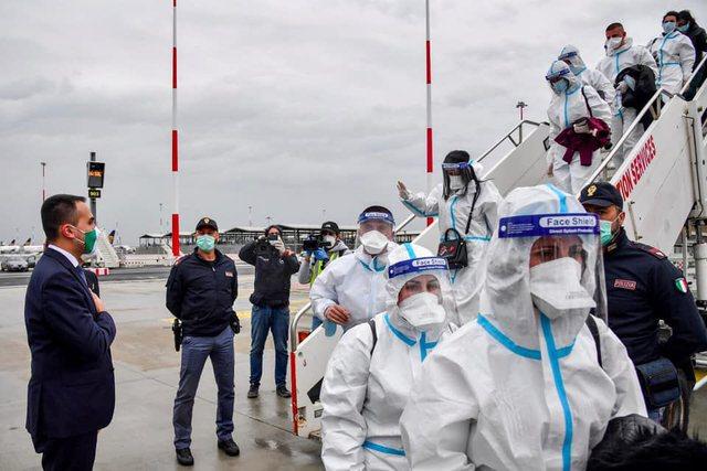 Nder i kthyer në pandemi : Italia nis në Shqipëri 7 ekspertë
