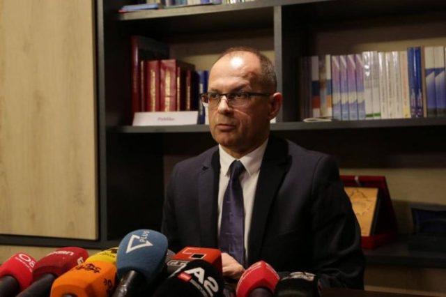Artan Hoxha zgjidhet Rektori i Universitetit të Tiranës
