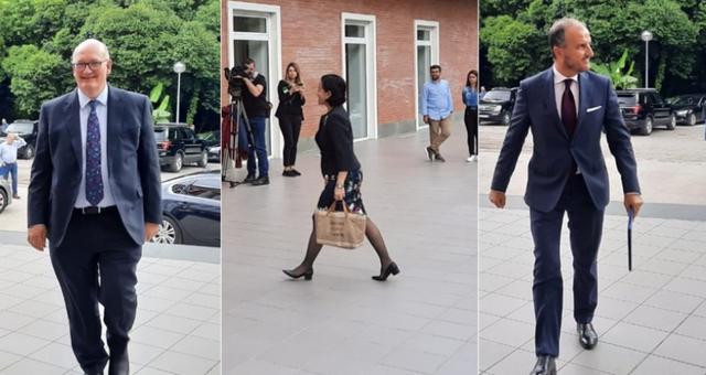 Ambasadorët e SHBA, BE dhe Britanisë i shkuan në zyrë