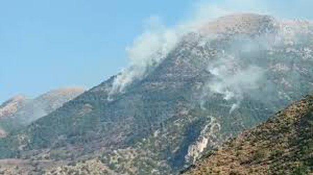 Vatra aktive zjarri në vend: Terreni i vështirë dhe i nxehti