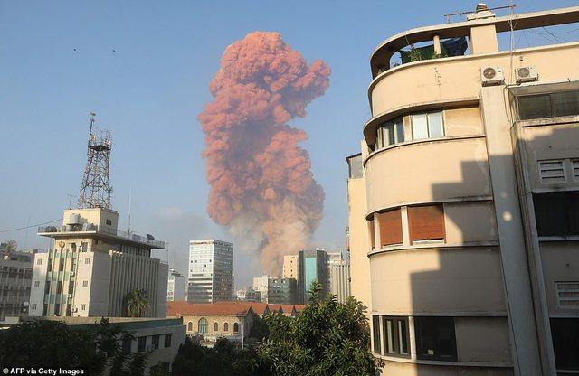 Dy shpërthime në Bejrut, fotot dhe videot nga ngjarja tregojnë