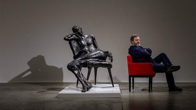 Artisti Arben Bajo i prekur nga Covid! Miqtë: Ka nevojë urgjente