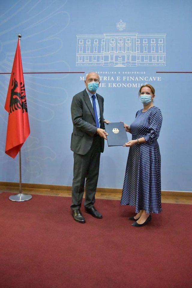 Pandemia/ Gjermania jep 10.5 milionë euro për Shqipërinë
