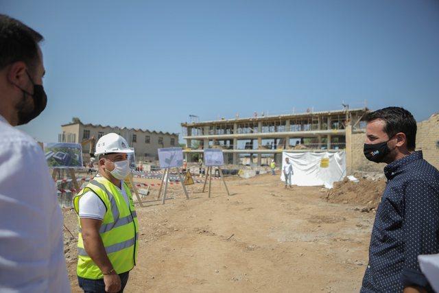 Nis ndërtimi i shkollës së re tek Astiri: Fotot nga kantieri dhe