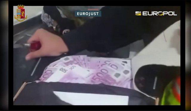 Shkatërrohet banda shqipfolëse e drogës/ Arrestime nga Vlora