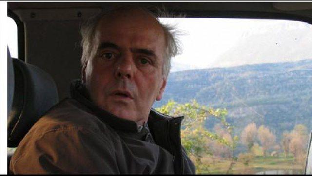 Edison Ypi: Dikur, të dilje me biçikletë në Tiranë