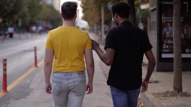 22-vjeçari nga Tirana tregon për romancën me një amerikan: