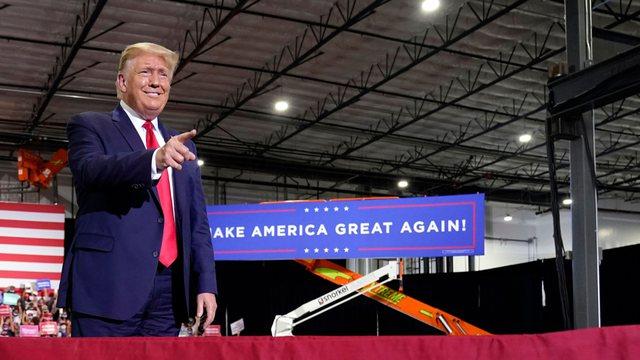 Videoja virale e Trump kur flet për marrëveshjen Kosovë-Serbi