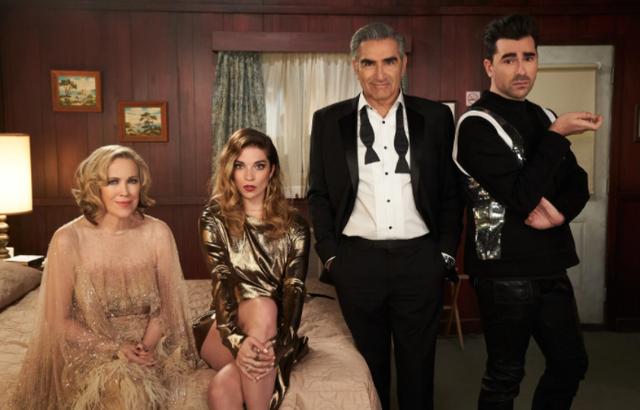 Mbahet Emmy Awards i parë online me vipat nga shtëpia dhe kjo