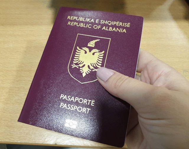 Njoftimi me rëndësi për shqiptarët në Greqi që