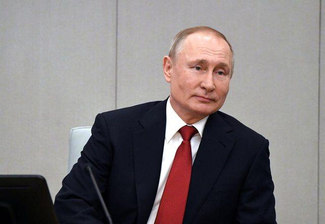 Putin i ofron falas personelit të OKB vaksinën kundër Covid