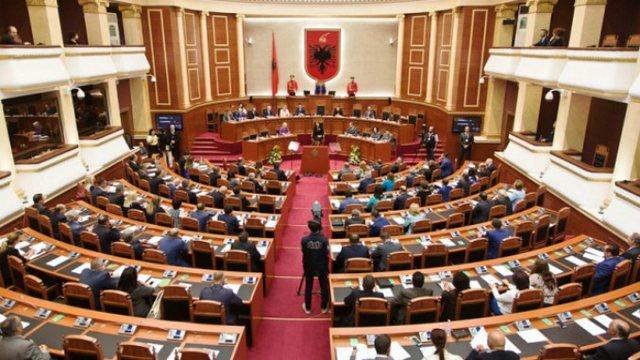 Shtyhet seanca për votimin e ndryshimeve në Kodin Zgjedhor, ja kur do