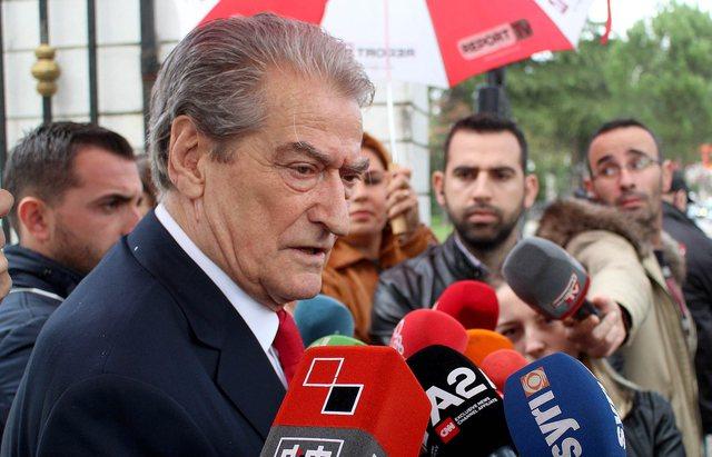 Video/ Artan Hoxha përgënjeshtron Berishën dhe tregon lapsusin
