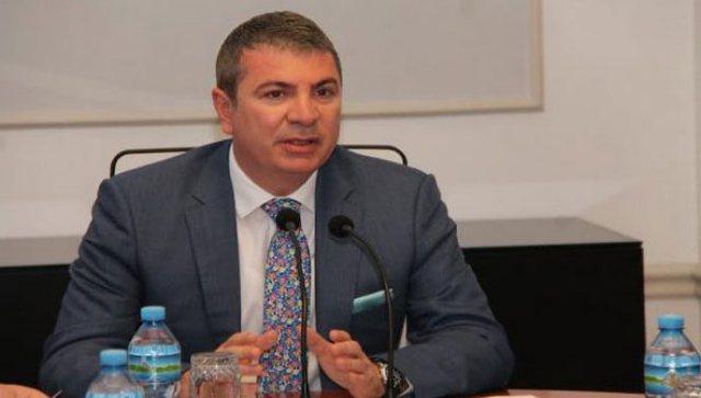 Gjiknuri në Këshillin Politik: Opozita po kërkon sebep për