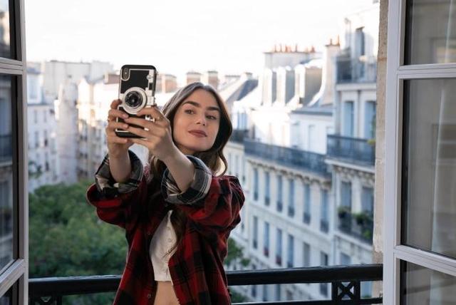 'Emily in Paris', seriali i ri që më gozhdoi para Netflix