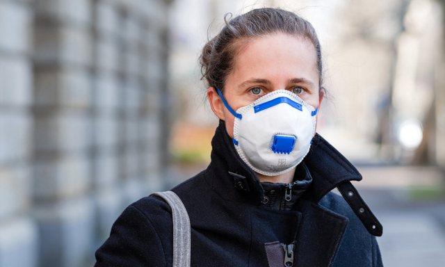 Evropa shtrëngon masat: Maska, izolim dhe gjendje e jashtëzakonshme