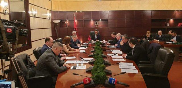 Zbardhen vendimet e mbledhjes së KLP, jep dorëheqjen prokurori Bilbil