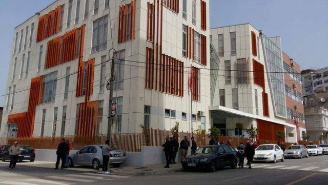 3 punonjës të infektuar me Covid-19, mbyllet Gjykata e Elbasanit