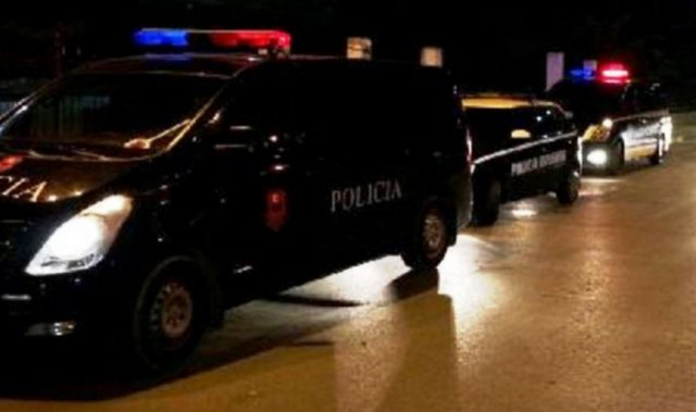 27-vjeçari i shpëton atentatit në Vlorë dhe telefonon