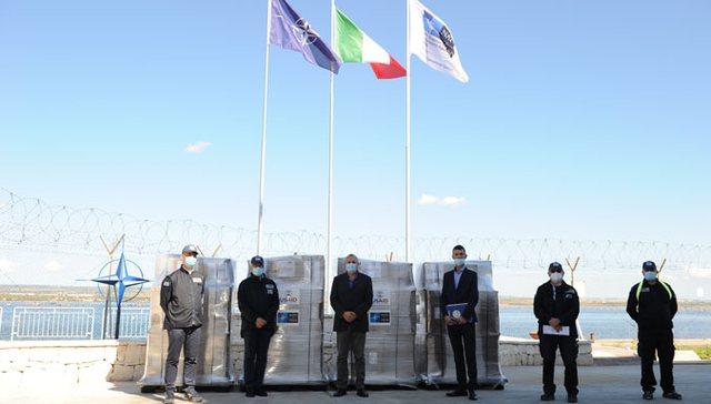 NATO i dhuron 60 respiratorë Shqipërisë për pacientët e