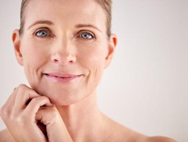 Si ndikojnë hormonet e seksit në plakjen e lëkurës? Dr.