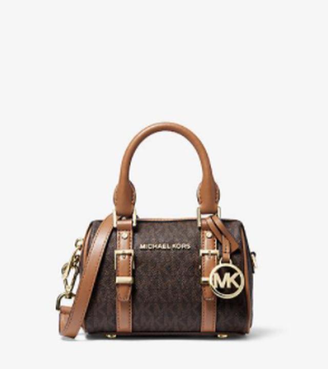 Më mirë një çantë Gucci fallso, apo Michael Kors