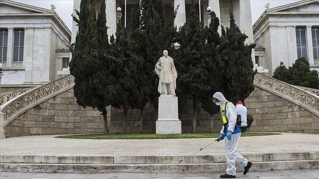 Greqia shtrëngon masat ndaj Covid-19, mbyllen baret e restorantet