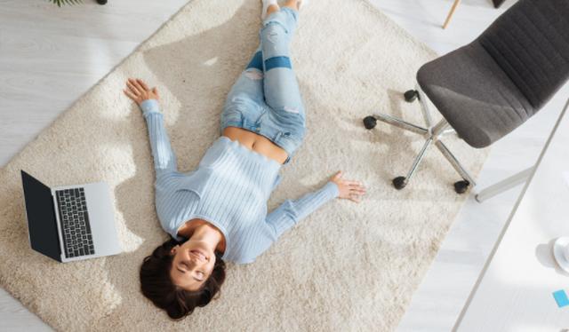 Izolimi krijon një fenomen të ri, seks në orar të punës
